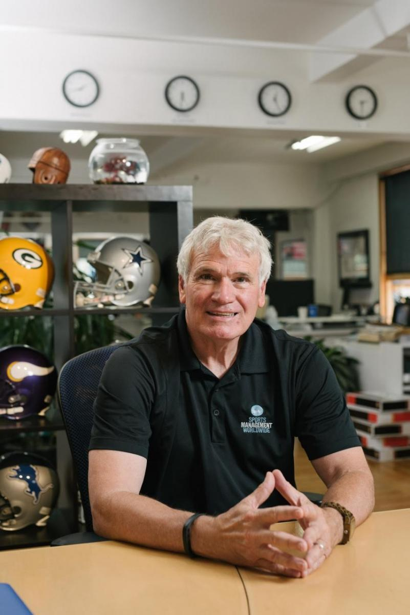 nfl agent dr. lynn lashbrook athlete management online course